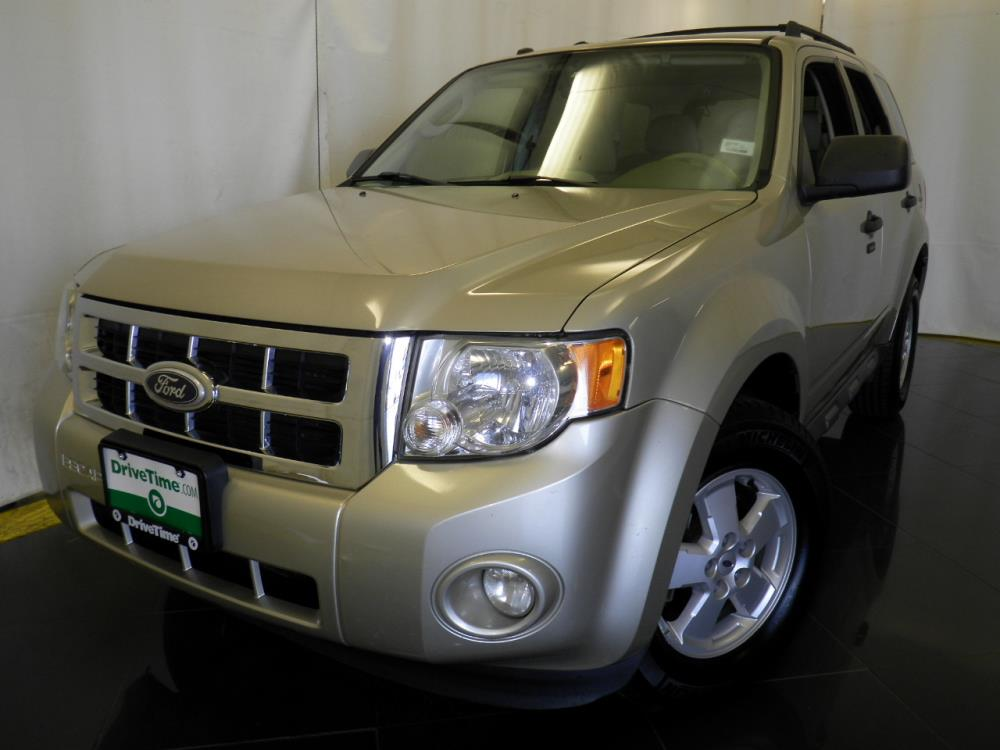 2010 Ford Escape XLT - 1040200122