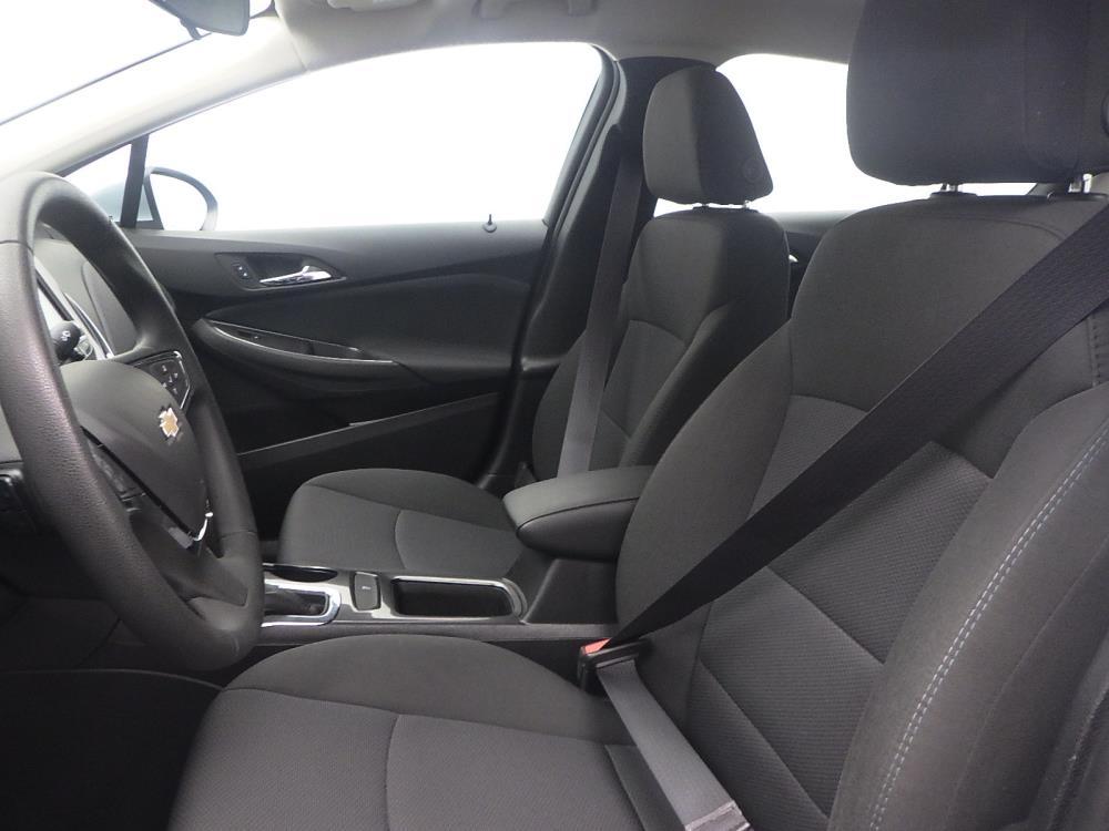 2017 Chevrolet Cruze LT - 1040200462