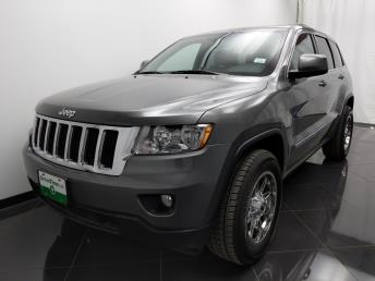 2013 Jeep Grand Cherokee Laredo - 1040201834
