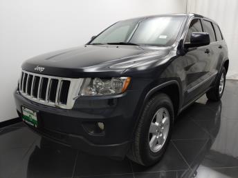 2013 Jeep Grand Cherokee Laredo - 1040201835