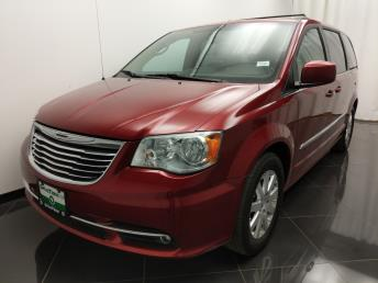 2014 Chrysler Town and Country Touring - 1040201887