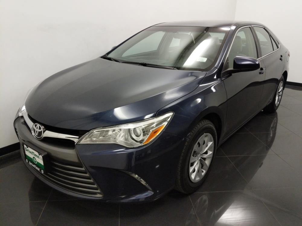 2016 Toyota Camry LE - 1040202485