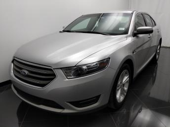 2016 Ford Taurus SEL - 1040203022