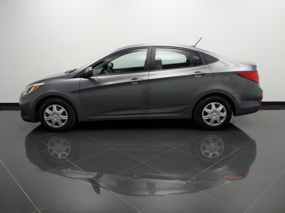 2017 Hyundai Accent SE - 1040203109