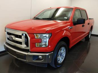 2017 Ford F-150 SuperCrew Cab XLT 5.5 ft - 1040203161