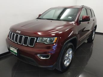 2017 Jeep Grand Cherokee Laredo - 1040203165