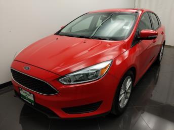 2016 Ford Focus SE - 1040204038
