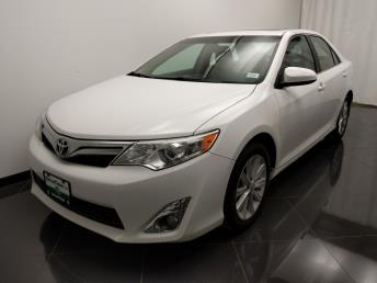 2013 Toyota Camry XLE - 1040204114