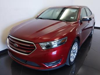 2017 Ford Taurus Limited - 1040204368