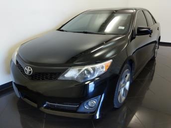 2012 Toyota Camry SE - 1040204671
