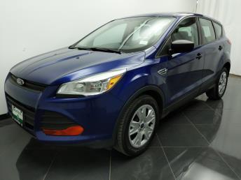 2015 Ford Escape S - 1040205622