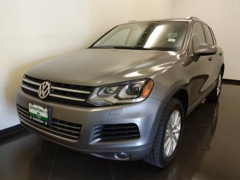 Used 2014 Volkswagen Touareg