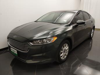 2016 Ford Fusion S - 1040206378
