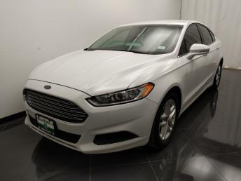 2015 Ford Fusion SE - 1040206440