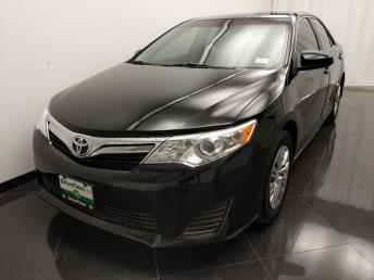 2013 Toyota Camry LE - 1040206441