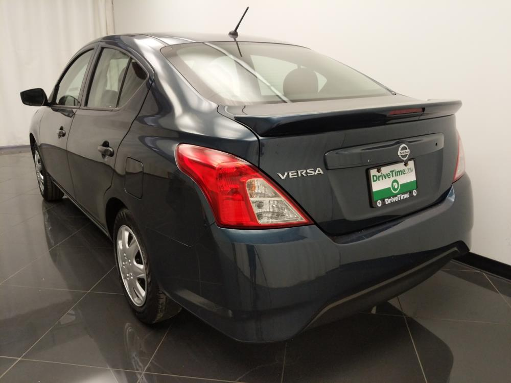 2017 Nissan Versa SV - 1040206471