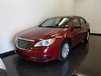 2012 Chrysler 200 LX - 1040206514