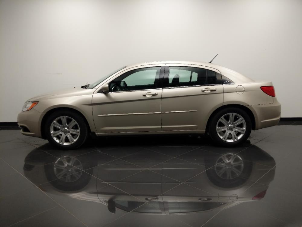 2013 Chrysler 200 Touring - 1040206522