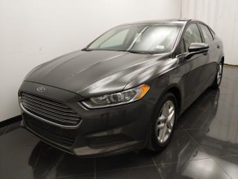 2016 Ford Fusion SE - 1040206546