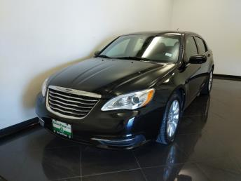 2013 Chrysler 200 LX - 1040206547