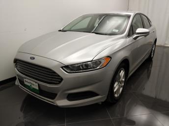 2016 Ford Fusion SE - 1040206687