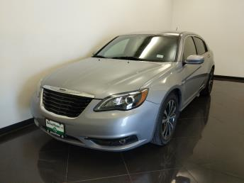 2014 Chrysler 200 Touring - 1040206721