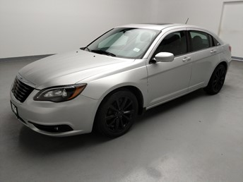 2012 Chrysler 200 S - 1040207539