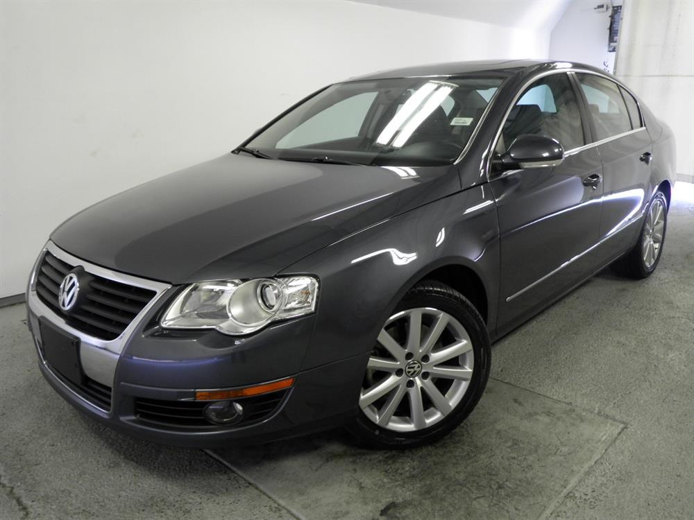 2010 Volkswagen Passat - 1050125793