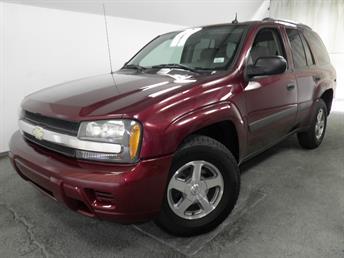 2005 Chevrolet TrailBlazer - 1050135956