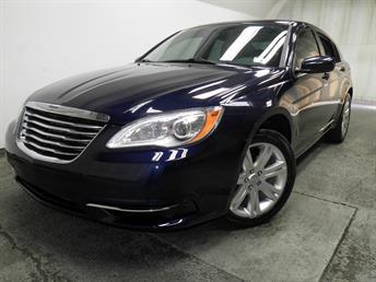 2013 Chrysler 200 - 1050137313