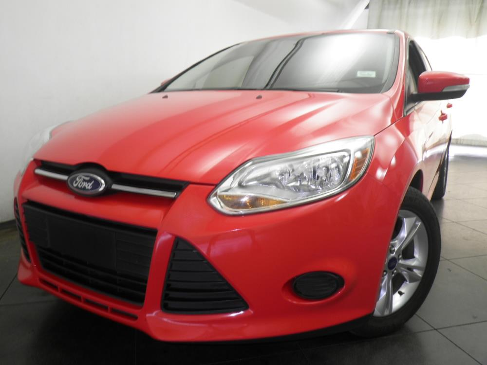 2013 Ford Focus - 1050137868