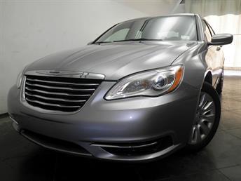 2014 Chrysler 200 - 1050138790