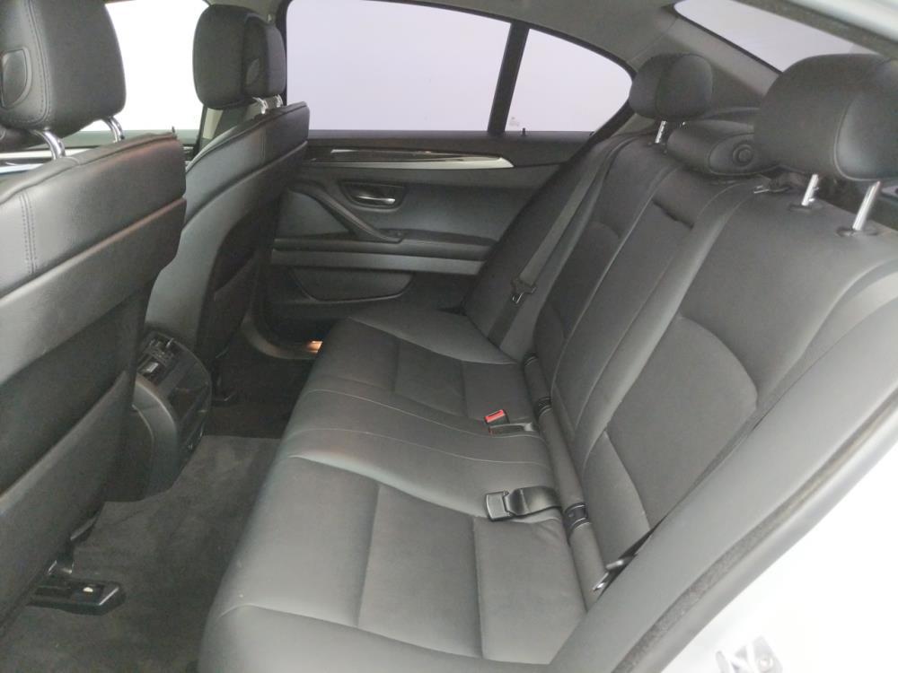 2013 BMW 528i  - 1050139614