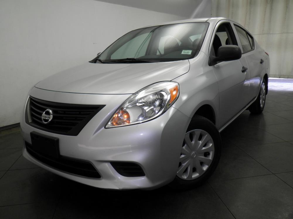 2014 Nissan Versa - 1050142356