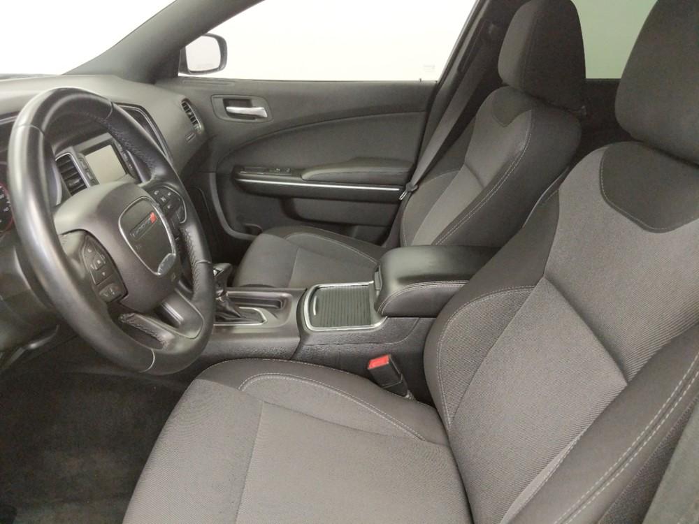 2015 Dodge Charger SE - 1050142375