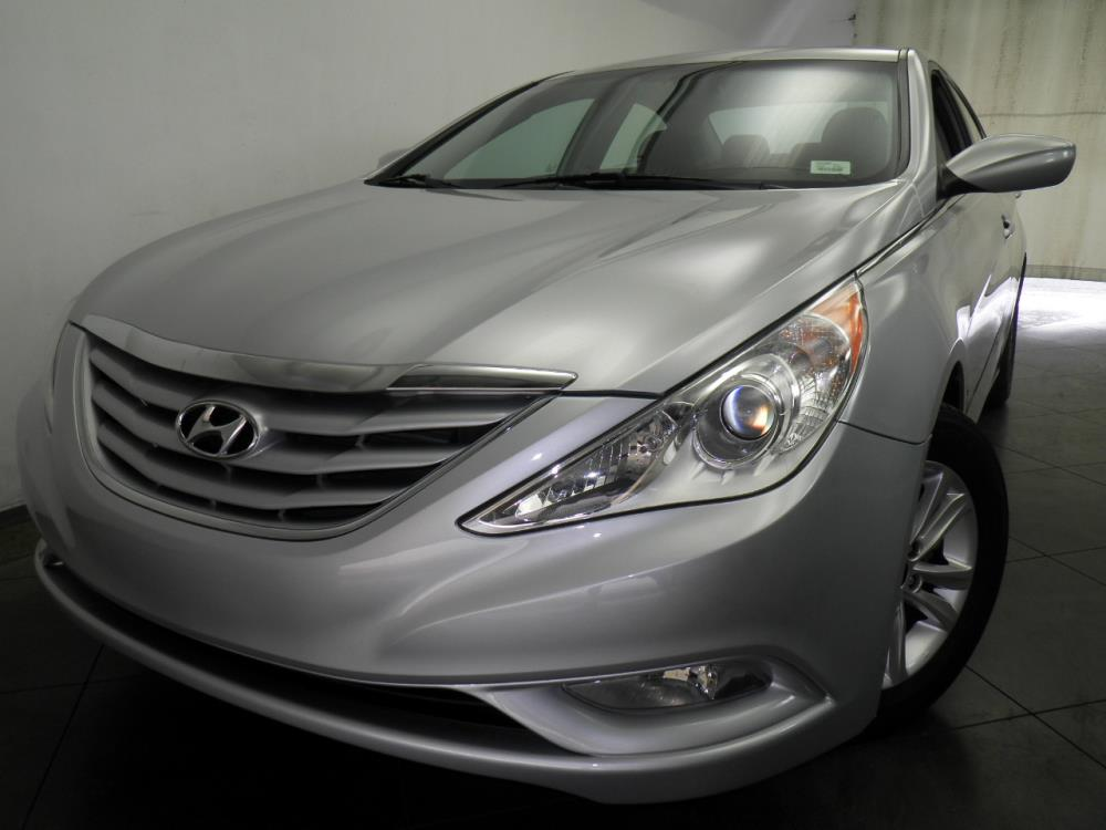 2013 Hyundai Sonata - 1050143425
