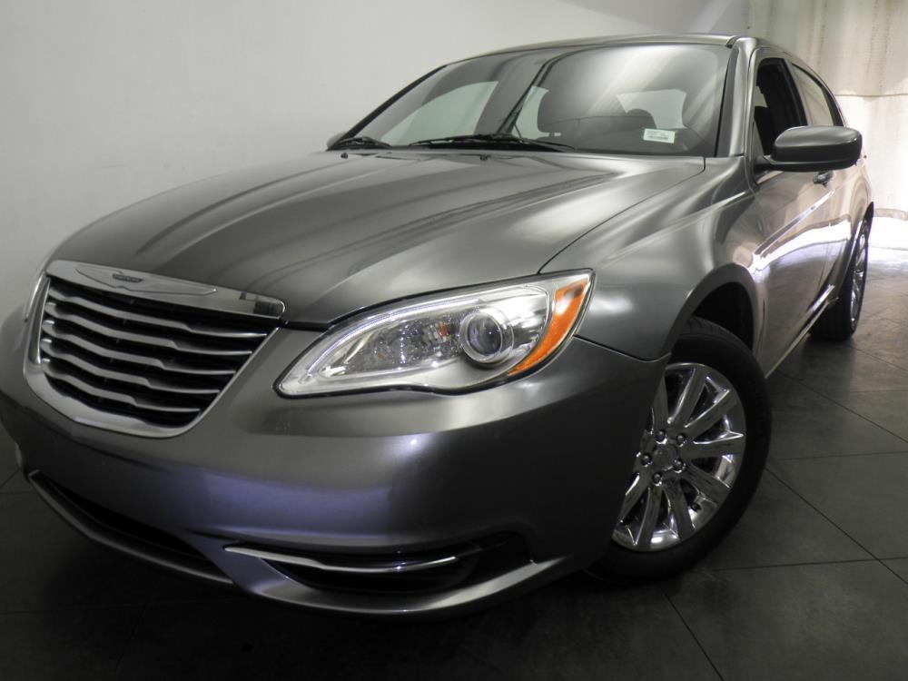 2013 Chrysler 200 - 1050143561