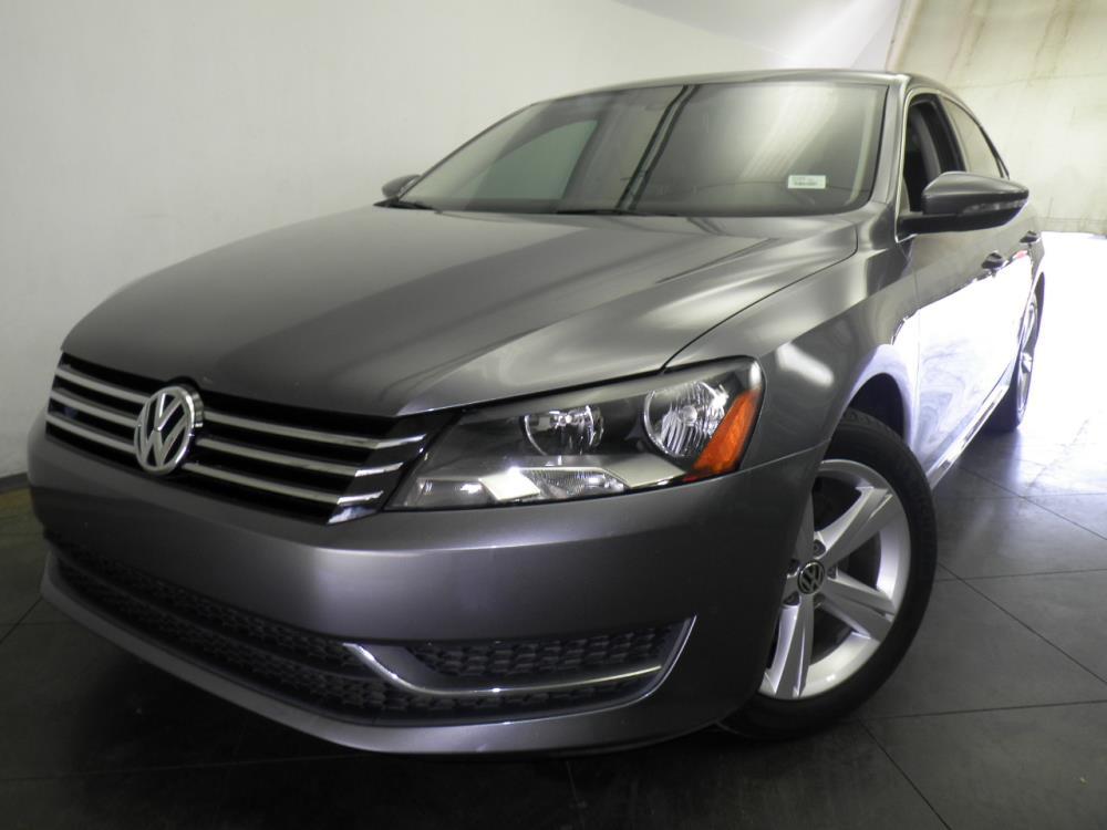 2012 Volkswagen Passat - 1050143970