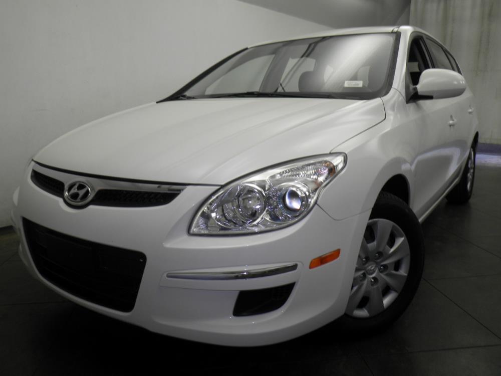 2011 Hyundai Elantra Touring - 1050144140