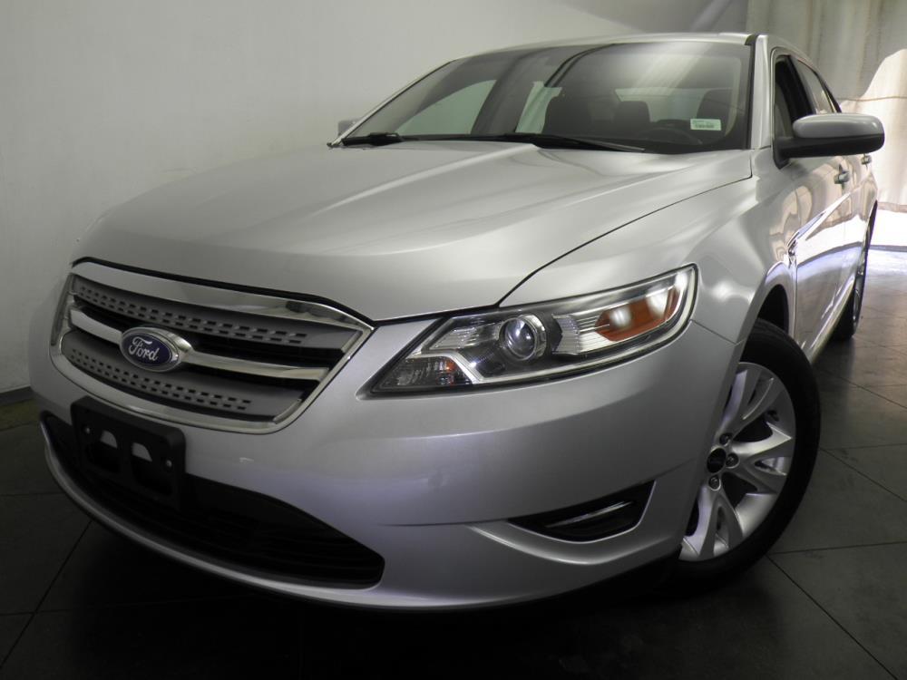 2012 Ford Taurus - 1050144244