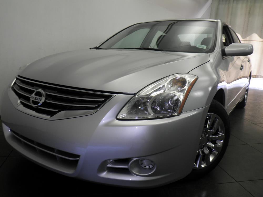 2012 Nissan Altima - 1050144269