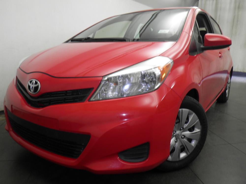 2012 Toyota Yaris - 1050144649