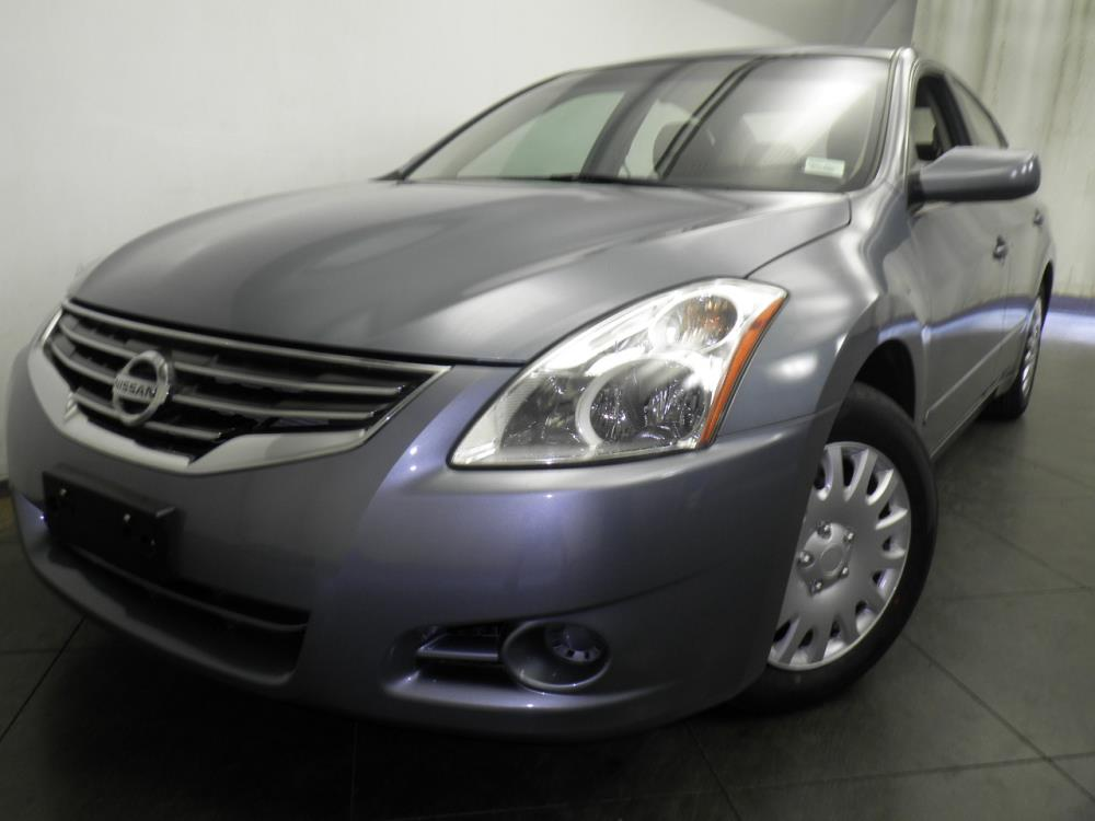 2012 Nissan Altima - 1050144687