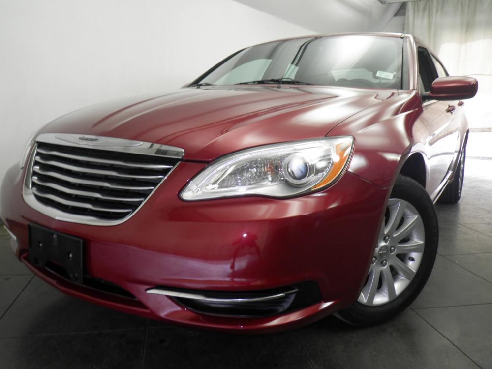 2013 Chrysler 200 - 1050144839