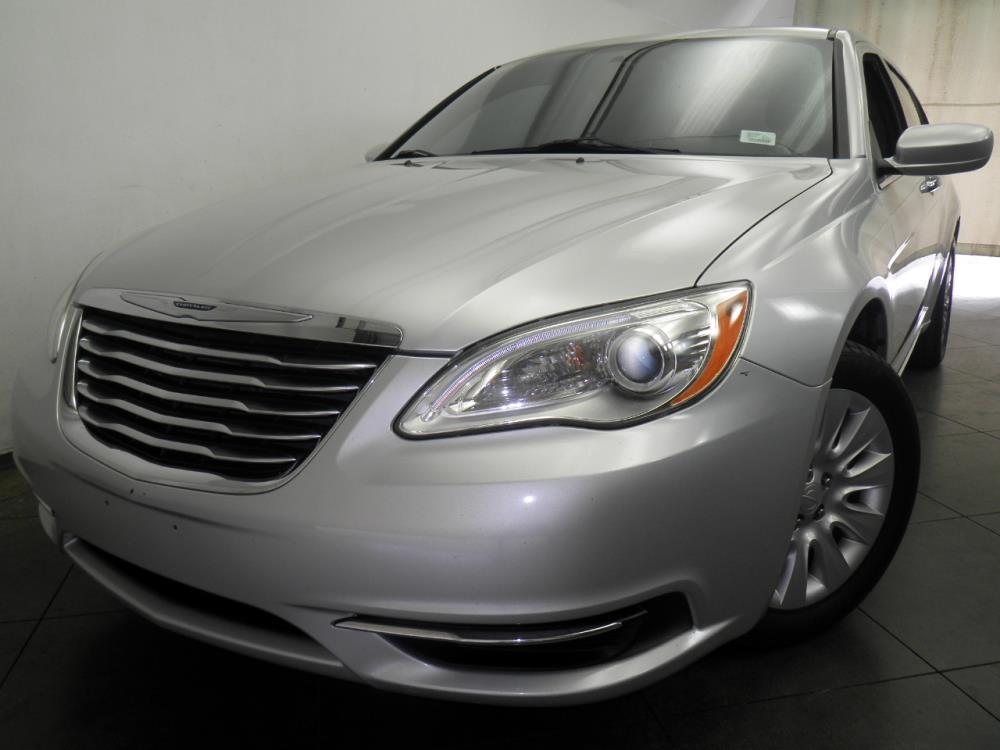 2012 Chrysler 200 - 1050145072