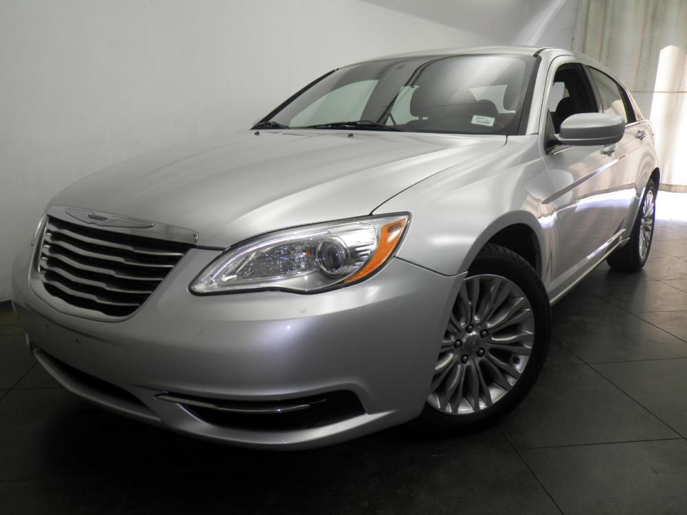 2012 Chrysler 200 - 1050145327
