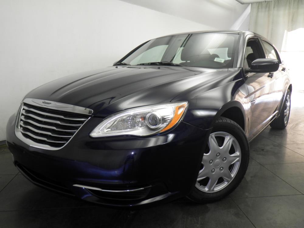 2013 Chrysler 200 - 1050145330