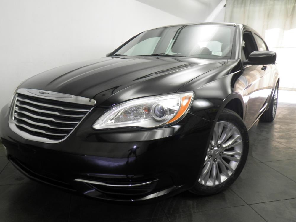 2013 Chrysler 200 - 1050145459