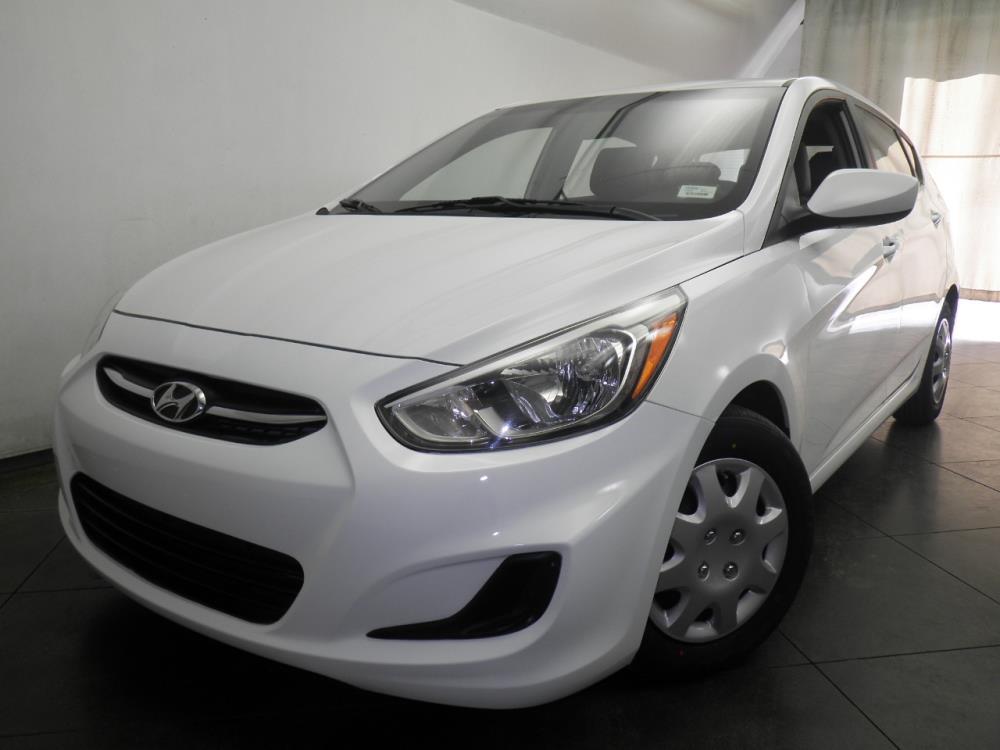 2015 Hyundai Accent - 1050145488