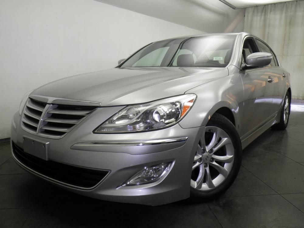 2012 Hyundai Genesis - 1050145604
